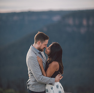 Surprise proposal Blue Mountains photographed by de lumiere photography